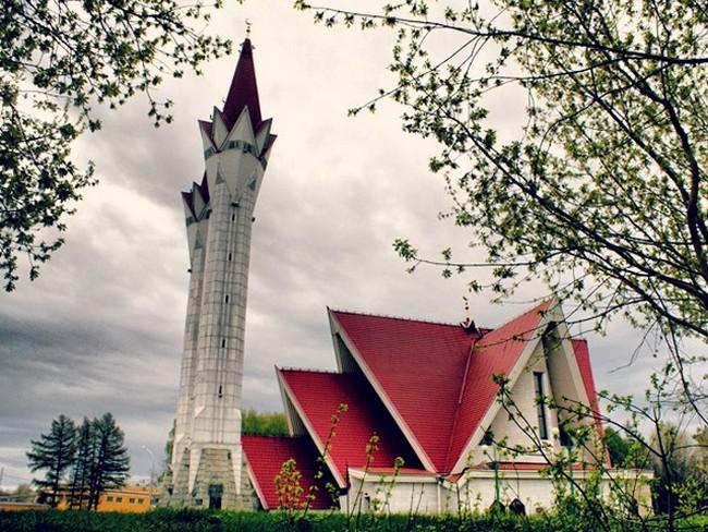 Lala-Tulpan-mosque-in-Ufa-Russia-02
