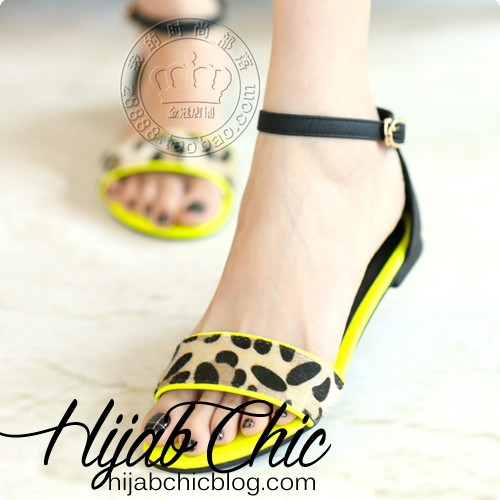 New-Arrival-2014-Candy-Fashion-Normic-Leopard-Print-Flat-Heel-Sandals-Buckle-Flat-Lady-Shoes-Yellow
