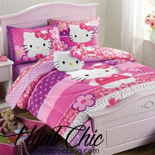 Hello-Kitty-Purple-Pink-Full-Comforter-and-Sheet-Set-plus-BONUS-pillow-and-STOARGE-CHEST-9-piece-Bed-in-a-Bag