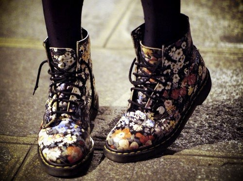 cute-boots-tumblrboots-colorful-combat-boots-cute-fashion---image--98850-on-favim-gowrpgrb